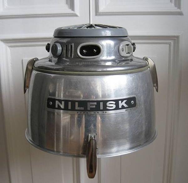NILFISK lamps