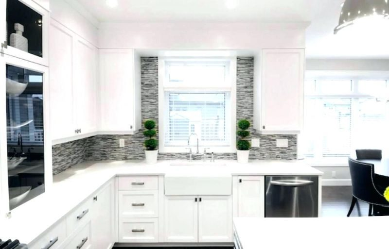 White-lacquer-kitchen-cabinet