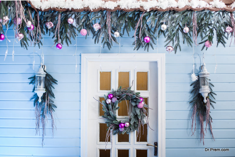 Garlands and wreaths