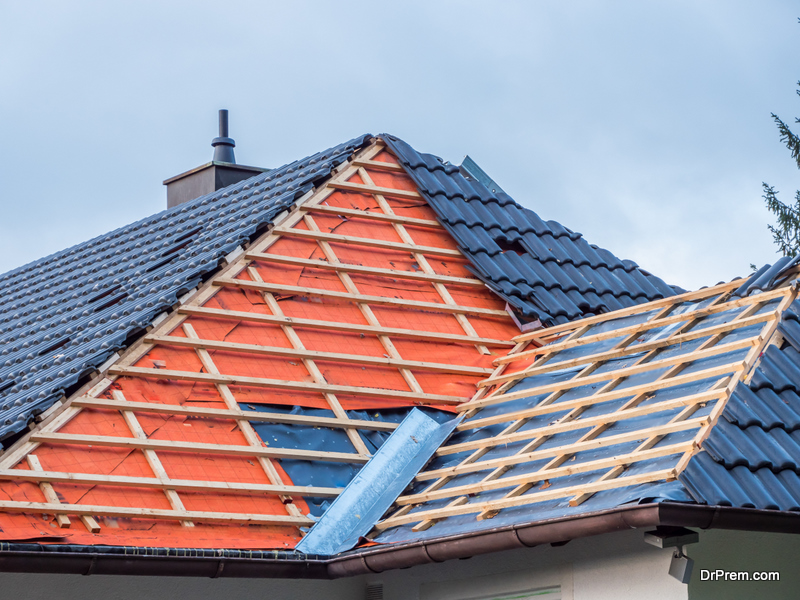 Hiring a Roofing Contractor in 2021