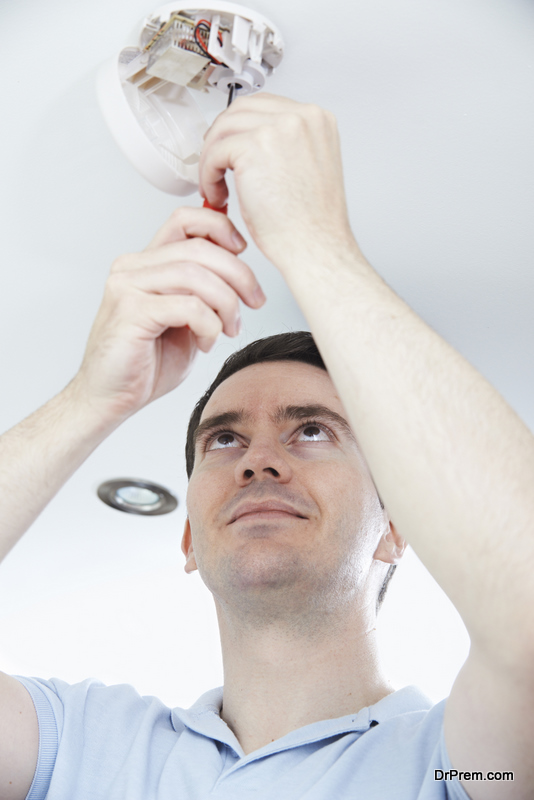 Smoke Detector cleaning